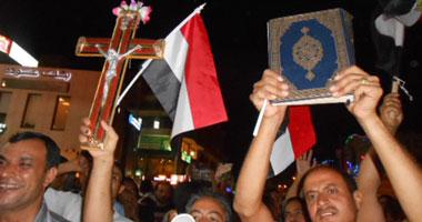 أن الدين لله والوطن للجميع وليست للمسلم أية ميزة على أخيه القبطي فى الوطن